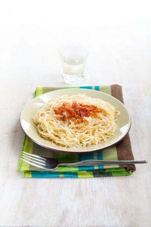 03041 Espagueti carbonara