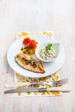 03055 Pechuga plancha con salsa de alcaparras