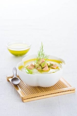 03017 Crema de verduras con foie_