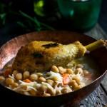 Sopa de garbanzos con pollo crujiente